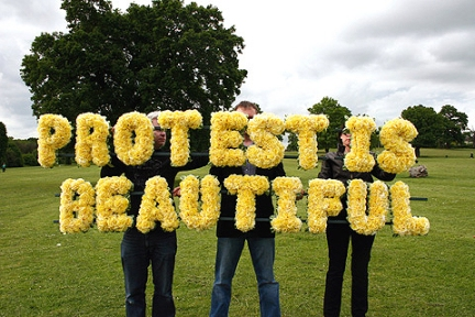 protest_is_beautiful_02